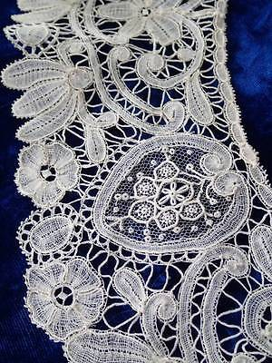 Glorious Large ANTIQUE Lace Collar Point de Gaze Rosepoint and Brussels 20x19