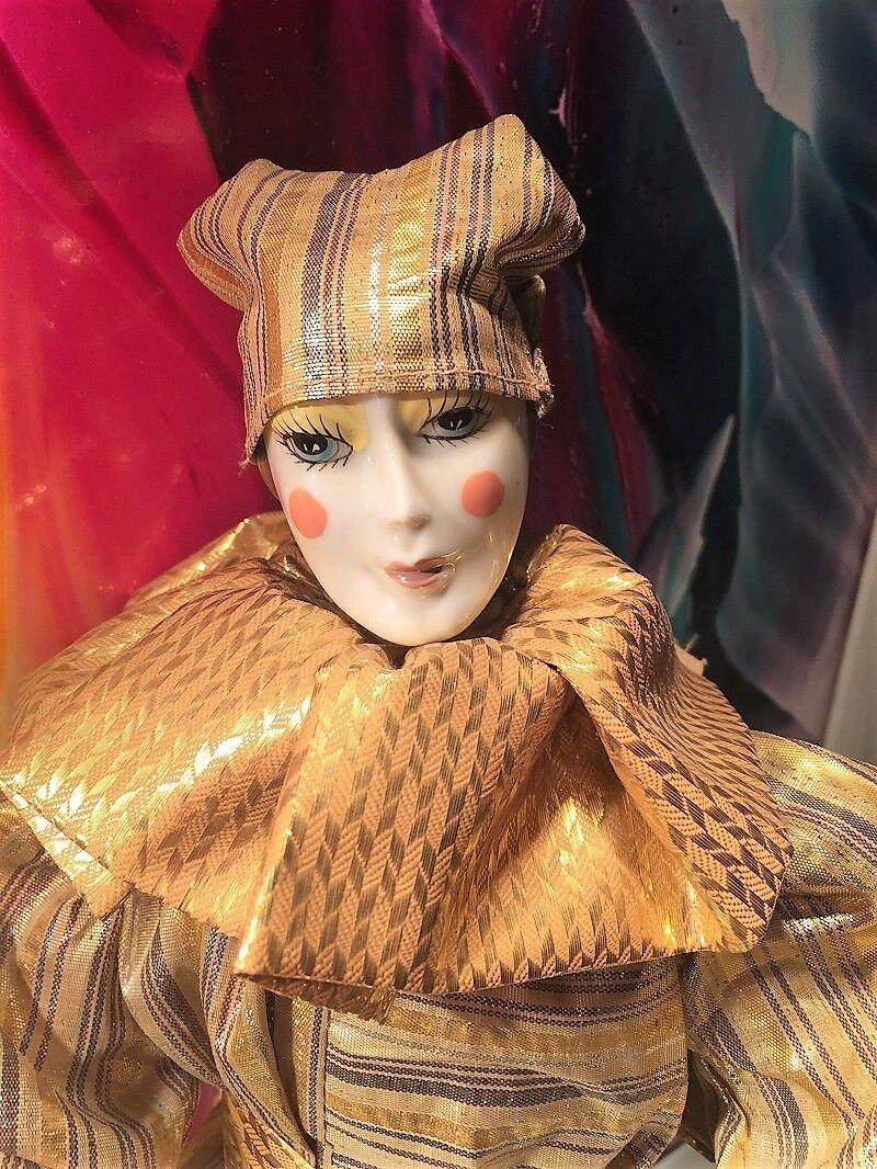 Porzellan Sammel Puppe 70 er Jahre für Liebhaber 44 cm Groß, mit Ständer