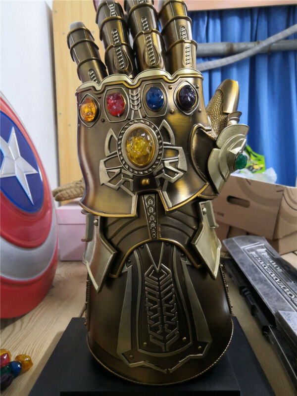 1:1 Scale The Avenger Thanos Infinity Gauntlet Cosplay Full Metal Wearable Gift