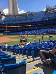 Blue Jays vs Orioles Aug 20th Great 1st Baseline seats