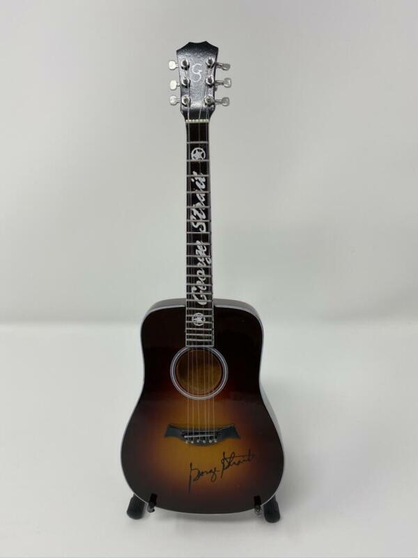 GEORGE STRAIT SIGNED AUTOGRAPH MINI CUSTOM MODEL GUITAR - KING OF COUNTRY, RARE