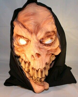 Big Teeth Halloween (Scary Goblin Reaper Skull w/ Big Sharp Teeth and Cloth Hood Halloween Mask)