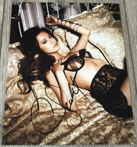 CHRISTIAN SERRATOS THE WALKING DEAD SIGNED AUTOGRAPH SEXY 8x10 PHOTO A w/PROOF