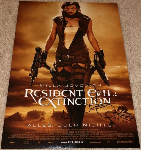 MILLA JOVOVICH SIGNED RESIDENT EVIL EXTINCTION 12x18 POSTER PHOTO w/EXACT PROOF