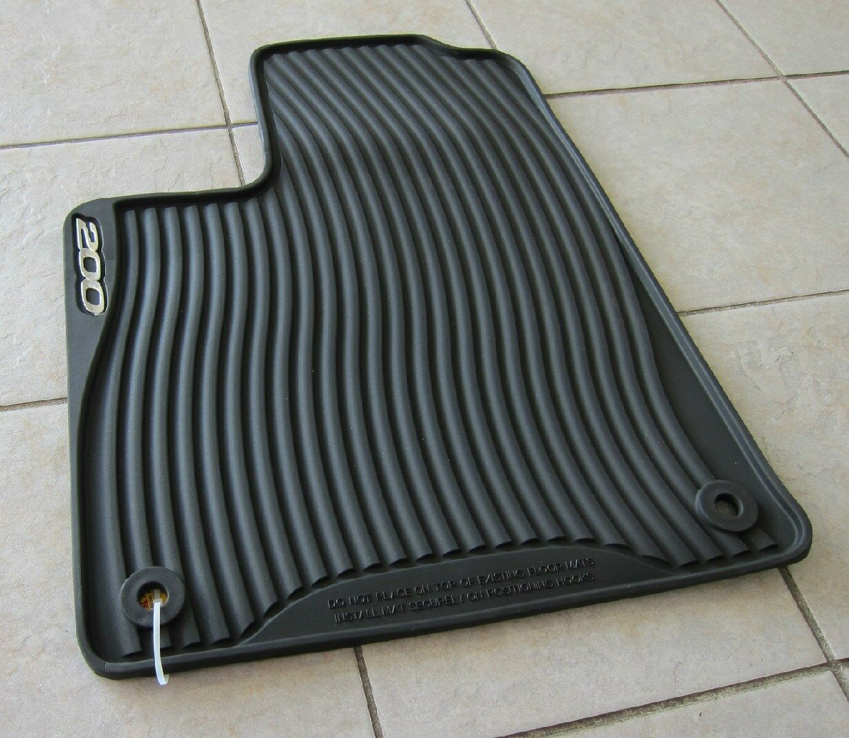 2015 2017 Chrysler 200 All Weather Rubber Slush Floor Mat