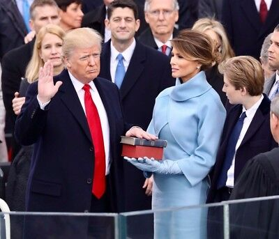 President Donald Trump Swearing In Ceremony With Melania   8X10   Free Shipping
