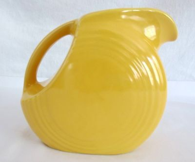 VINTAGE HOMER LAUGHLIN FIESTA WARE CHINA YELLOW DISK JUICE PITCHER
