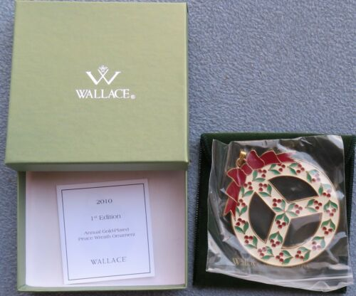 2010 Wallace Wonders of Christmas Ornament 1st Ed Peace Wreath Gold Plated NIB