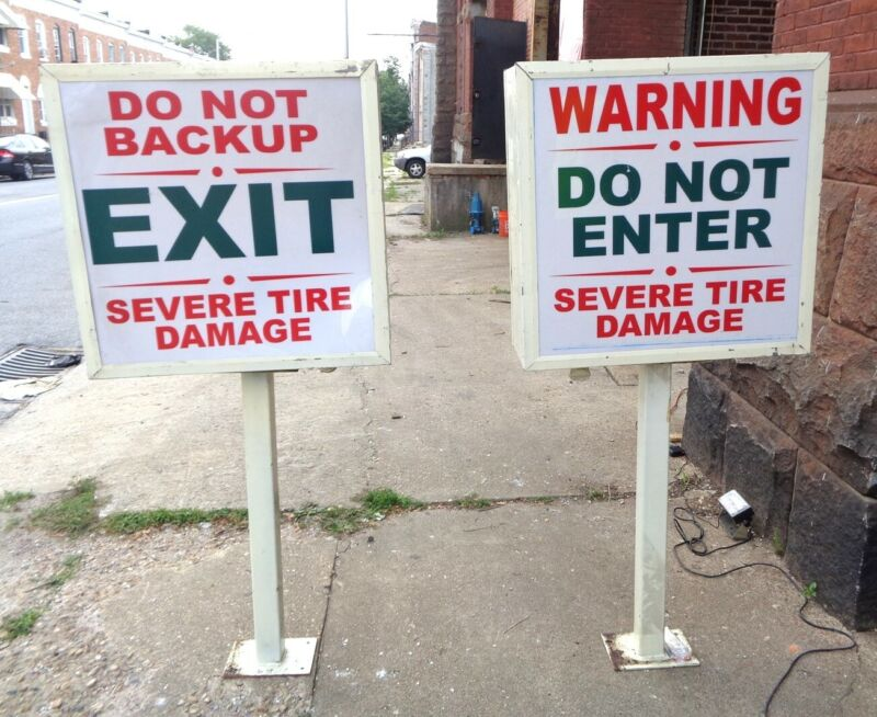 (2) SIGN BOXES w/Pedestals 2 Sided DO NOT BACK UP SEVERE TIRE DAMAGE - NEW NOS