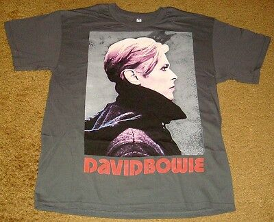 DAVID BOWIE LOW PORTRAIT T-SHIRT SIZE LARGE - NEW!     ROCK & ROLL!!!