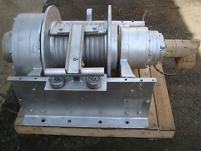 Dp Manufacturing Hydraulic Winch 55000 Lb Capacity Model 51882-r