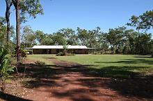 Large rural family home, perfect for the horsey family Humpty Doo Litchfield Area Preview