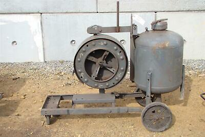 Lincoln Electric Submerged Arc Welding Feeder Tractor Cart With Tank