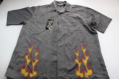 (NWT Dragonfly Back Panel Flames Short Sleeve Button Front CAMP SHIRT Large L )