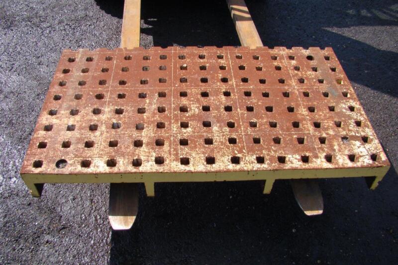 Acorn Welding Table Platen,  5