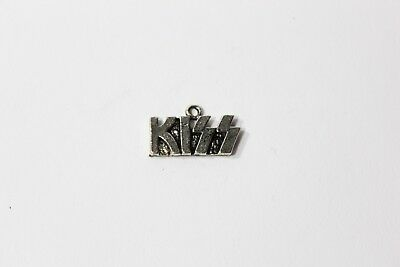 Kiss Rock Band Costumes (Deadstock Vintage KISS Metal Pendant Pewter Accessory Rock)