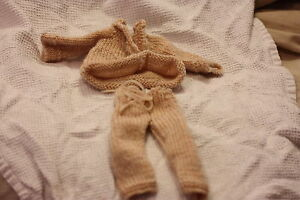 Hand knitted Barbie/Sindy doll clothes