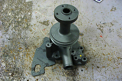1500 1700 1900 Compact Ford Tractor Water Pump With Pulley