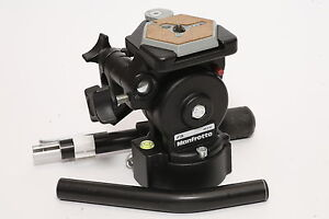 Manfrotto 136 fluid head for stills and video - new in box