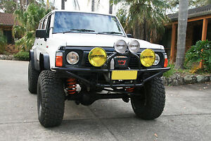 NISSAN-PATROL-FORD-MAVERICK-GQ-NEW-CUSTOM-TUBE-WINCH-BULL-BAR-BRAND-NEW