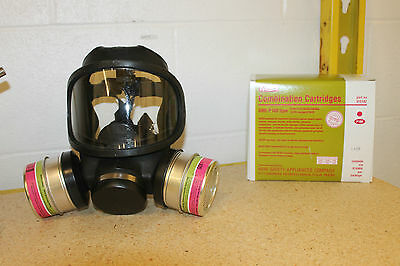Msa Ultravue Full Face Gas Mask W 2 Gme-p100 Filters New Large