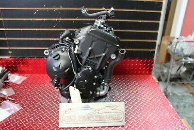 2018 YAMAHA R6 ENGINE MOTOR COMPLETE RUNS SHIFTS 2K MILES  2017 - 2020 R677