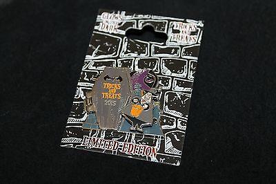 Disneyland Tricks and Treats Glow in the Dark LE Pin - Mayor of Halloween Town - The Mayor Of Halloweentown