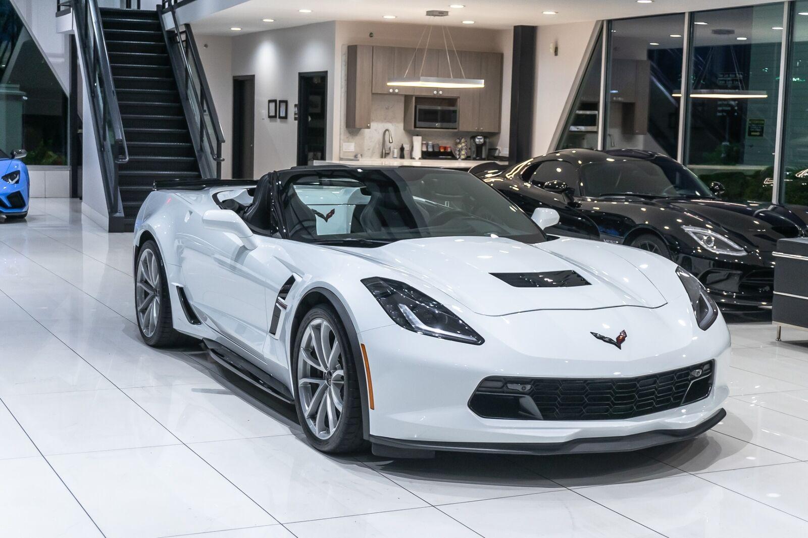 2019 White Chevrolet Corvette Convertible 2LT | C7 Corvette Photo 8