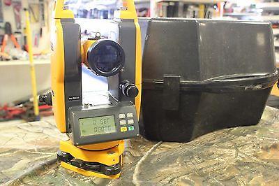 CST Berger Digital Transit Theodolite DGT10 w/ Case - Survey Instrument