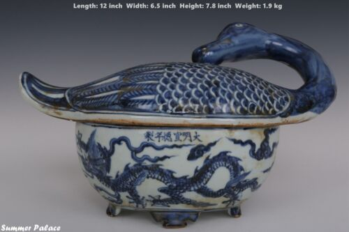 Fine Beautiful Chinese Blue and White Porcelain Duck Box
