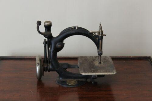 Antique 1894 Willcox & Gibbs Chain Stitch Sewing Machine Head