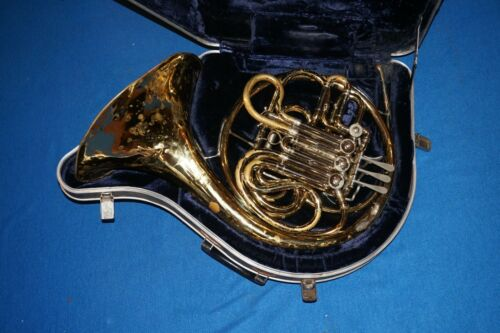 CG Conn Double French Horn 4 Valve w Case