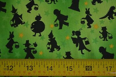 Halloween Themed Treats (By 1/2 Yd, Halloween Theme on Green Quilting, Marcus/Tricks & Treats/3461,)