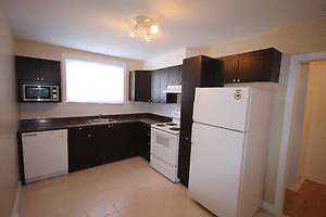 Grand 2 ch bien situé / Spacious 2 bed great location