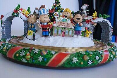 Danbury Mint Peanuts Christmas Wonderland Train Set Charles Schulz Collectible