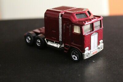 1982 HOT WHEELS THUNDER ROLLER RED NICE SHAPE !!!