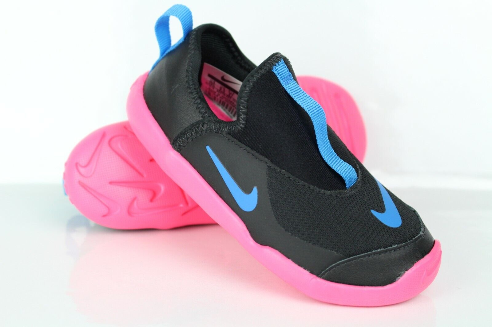 toddler lil swoosh sneakers size 8c 9c