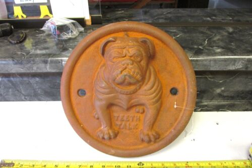 CAST IRON AVERY  STEAM ENGINE DOOR BULLDOG  TEETH TALK