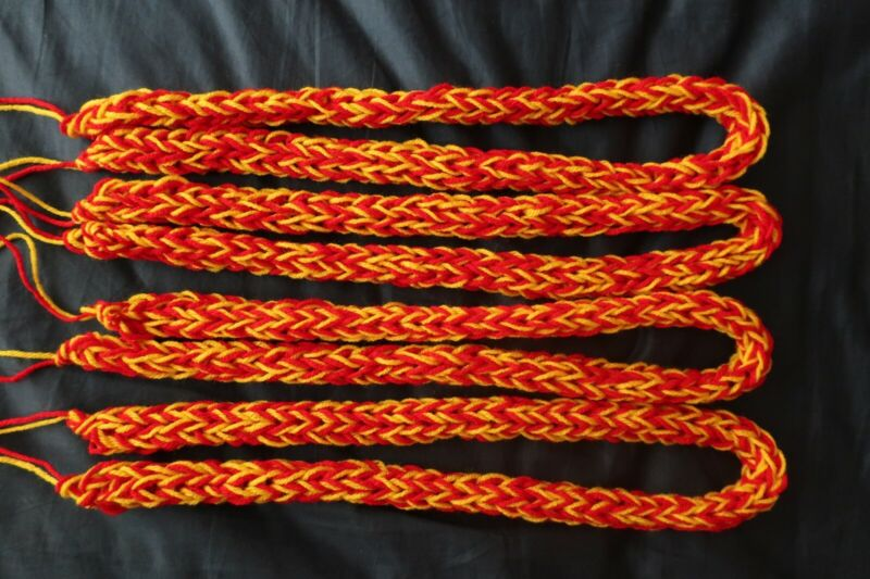 [Handmade] ONE Finger Yarn Lei - Two Colors: Red and Yellow