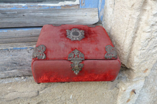 Antique Victorian 1890s French red velvet case box /trinket / sewing box