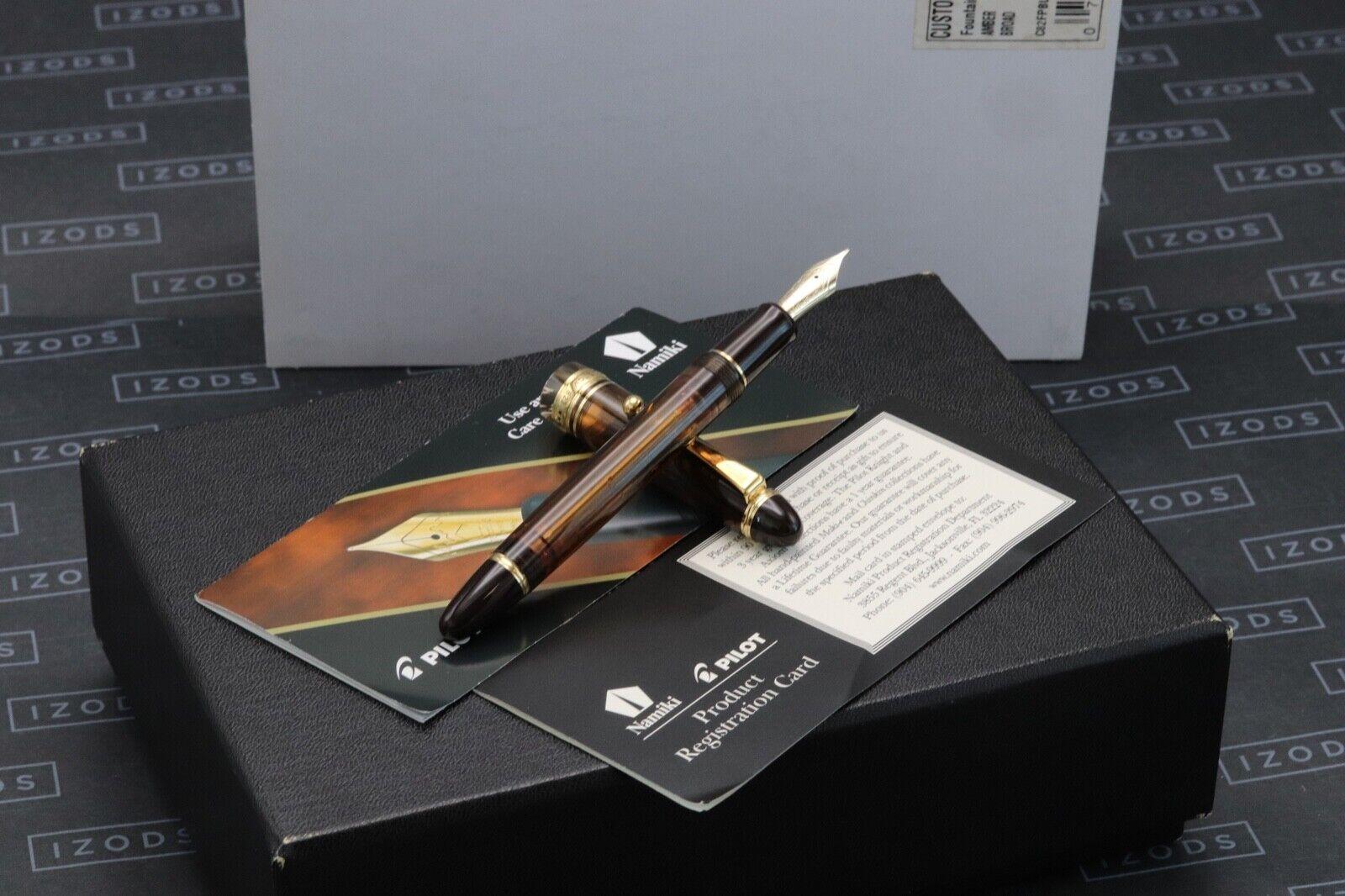 Pilot Custom 823 Amber Fountain Pen - Cursive Italic Broad Nib