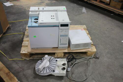 Hewlett Packard HP 6890/G1530A Series GC System W/G1512A Controller& Autosampler