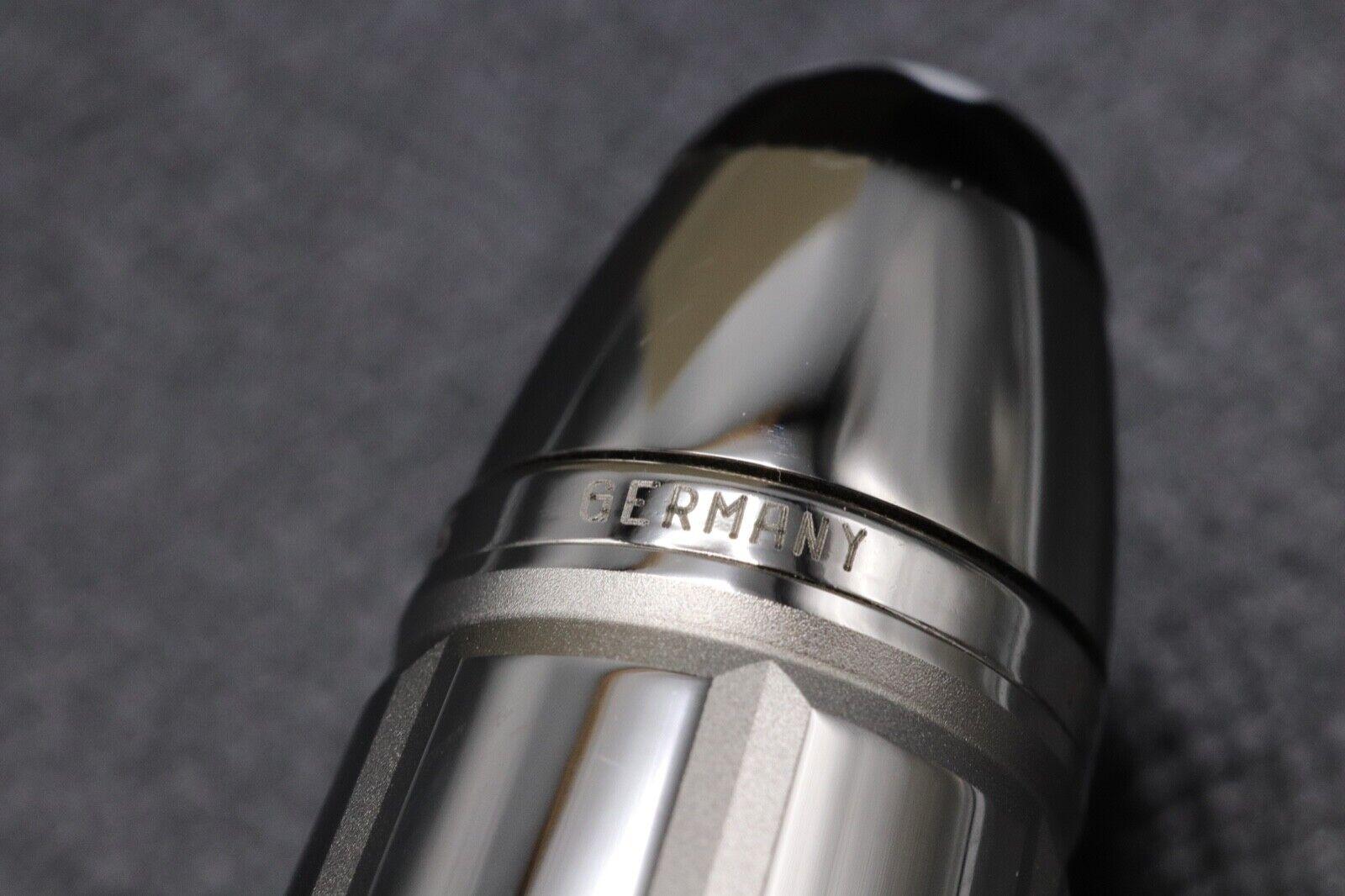 Montblanc Meisterstuck LeGrand Platinum-Plated Facet Fountain Pen 8