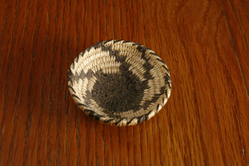 Vintage Pima Miniature Coiled Basket Tray Native American Indian