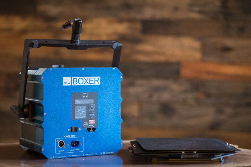 Nila Boxer Daylight Kit with lenses and Gels- (LED 800 watt Joker HMI)