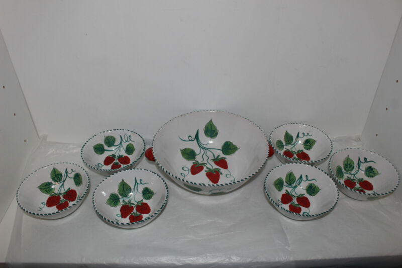 VINTAGE ITALIAN/ITALY ART POTTERY BERRY BOWL SET-STRAWBERRIES