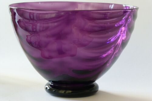 Whitefriars amethyst wave ribbed glass bowl c1935