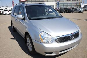 2012 Kia Sedona LX PST paid! Bluetooth, Seats 7, A/C, Great V...