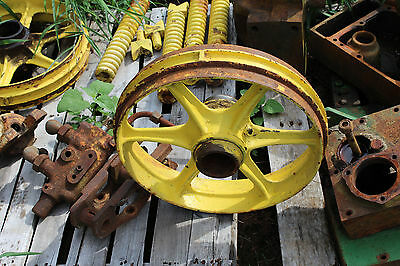 John Deere Mc 40 Crawler Dozer Idler Wheel Farmerjohnsparts