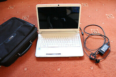 Packard Bell Easynote TJ68 Laptop, charger and case.